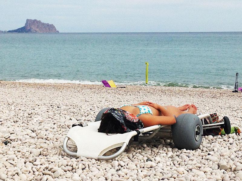 Tumboroller en la playa - tumbona
