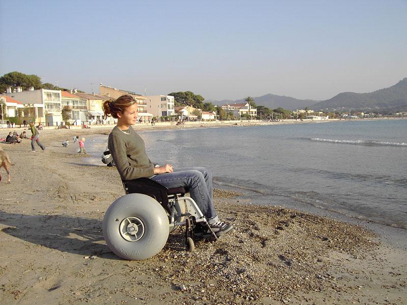 Ruedas Wheelez en la playa